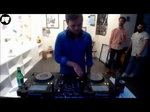 Kartell DJ Set Rinse France