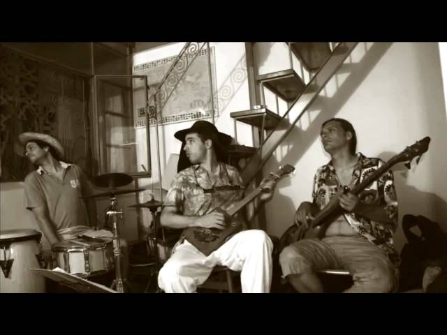 Let's Burn Down the Cornfield - Lester Wires Blues Trio - Charlie Musselwhite cover