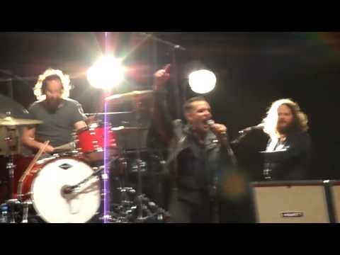 The Killers - Mr Brightside (Live in Asuncion)