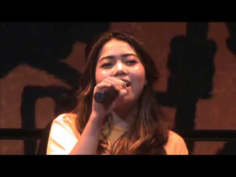Attention - Charlie Puth , Cover Song By Lia Magdalena With Glassymusic, Jogja Indonesia