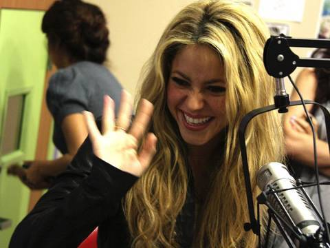 Shakira Stops By and Chats   Interview   On Air With Ryan Seacrest