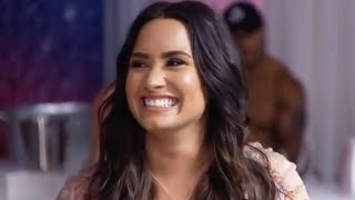 Demi Lovato OUT IN PUBLIC For The First Time Since Overdose!