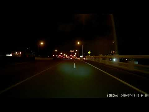 TDE-5565計程車違規行駛機車道超車