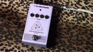 TC Electronic 3rd Dimension Chorus pedal demo with humbuckers & princeton reverb