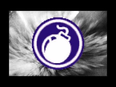 Angela Via - Catch Me If You Can (Maxo Bombmix)