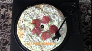 What a Pizza sounds like on a Record Player