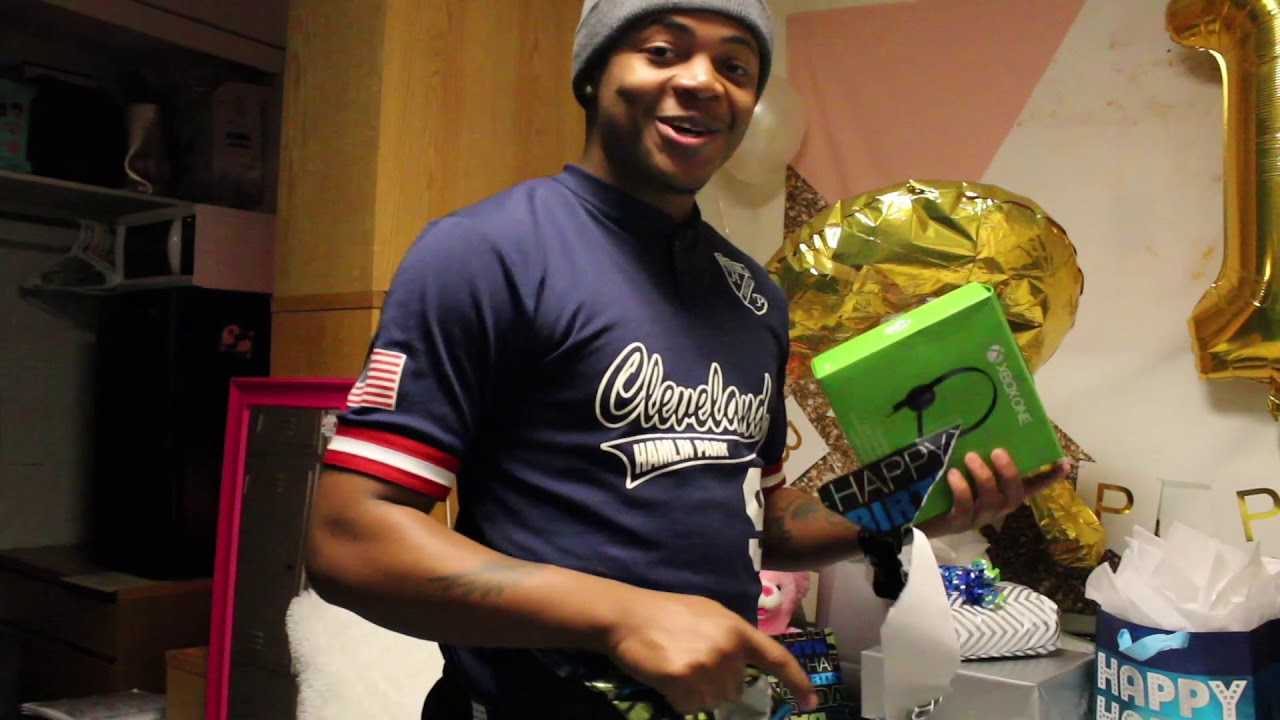 Birthday Surprise For Boyfriend Ideas 21 Gifts For His 21st Birthday Youtube