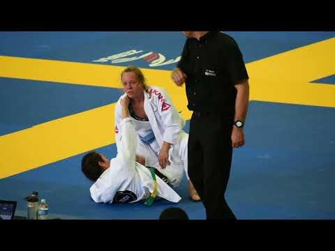 Jill Pierce IBJJF DC Open blue belt finals match