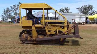 Caterpillar Machines at the Kingaroy and District Vintage Machinery Club's 2015 Rally