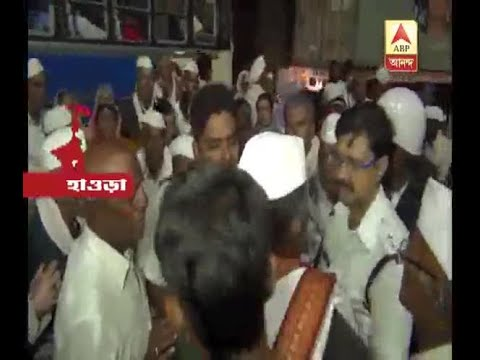 Surgent of Kolkata Police allegedly demanded money from devotees from Maharashtra