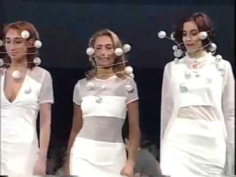 Défilé de Mode - Signature 1999 Fashion Show -- Collège LaSalle Montréal