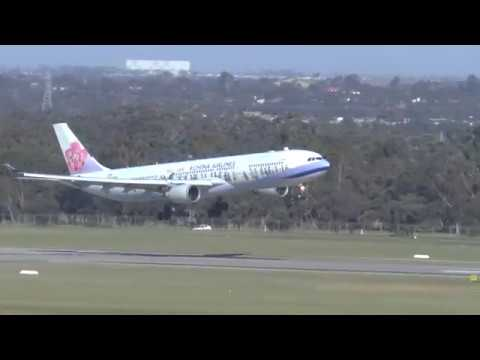 100 km per hour wild winds! Amazing Landings Melbourne Airport