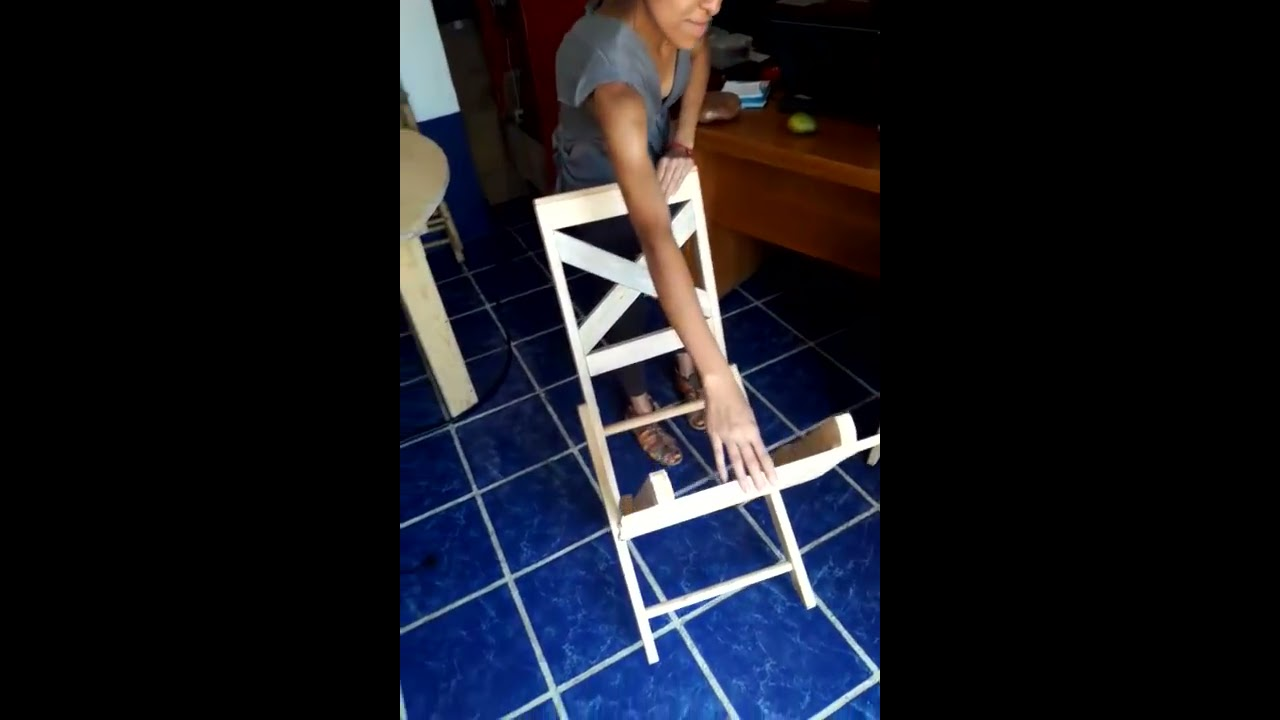 Silla plegable de madera youtube for Silla escalera de madera plegable