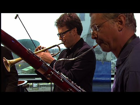 Ives Ensemble - Over the Pavements (Live @ Bimhuis - Amsterdam)