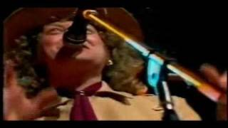 Slade - 7 Year Bitch & Myzsterious Mizster Jones - 1985 TV Performance