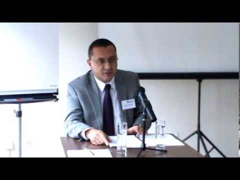 Fractional Reserve Banking and Inter-government Cooperation   Nikolay Gertchev