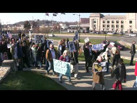 End The Fed Protest - Kansas City - Watch in HD.