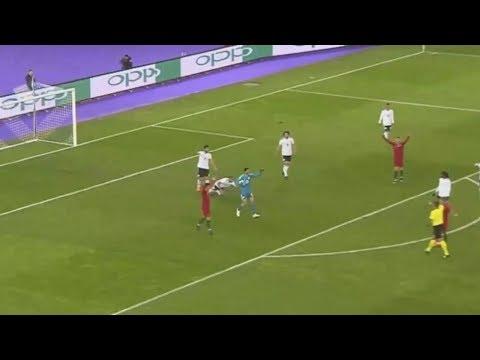 ¡Jugada extraña! Le hacen a Cristiano la parada más insólita de su carrera ◉ Portugal 2 - Egipto 1