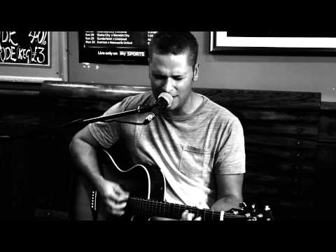 I Ran (So Far Away) - A Flock of Seagulls. Live Acoustic Cover by Ollie Stephens
