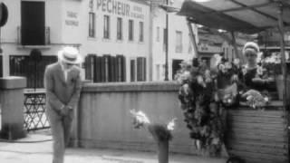 """""""Les Fiancés Du Pont Macdonald"""" short film by Agnès Varda"""