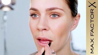 Elle & Max Factor Danmark præsenterer: The New Nude Look. Se Mina I...