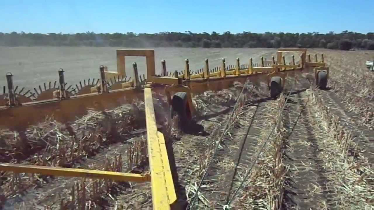 24 Hydraulic Lift Pin Wheel Rake From The Tractor Cab