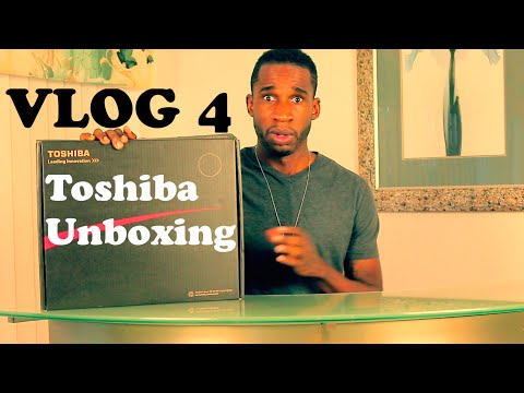 Vlog 4 - Toshiba Satellite Laptop Unboxing