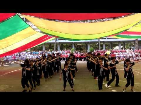 Flashmob Nếm trọn từng khoảnh khắc - 11B9 - THPT Trần Phú