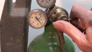How to set the oxy acetylene regulators
