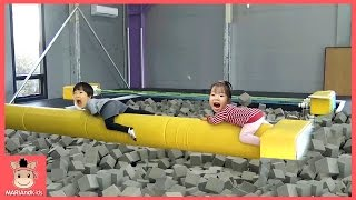 꾸러기 유니 축구 공놀이게임 대형 풍선 있는 놀이공원 가다 ♡ 키즈카페 놀이동산 놀이공원 이천 플레이즈 공놀이 공놀이게임 | 말이야와아이들 MariAndKids