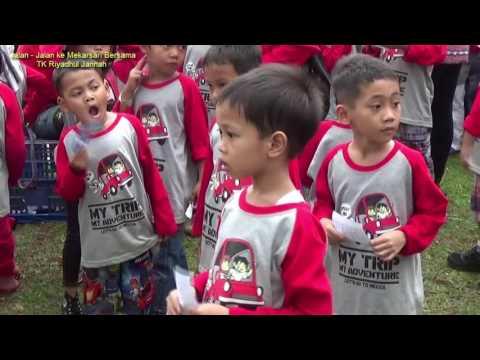 Roshan & Teman-Teman TK Riyadhul Jannah Jalan-Jalan ke Taman Buah Mekarsari