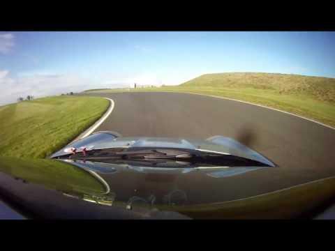 Bedford Autodrome SEN 22 10 16 Run2 Big Spin On Cold Tires