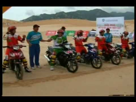 Ninh Thuan - Moto racing on sand
