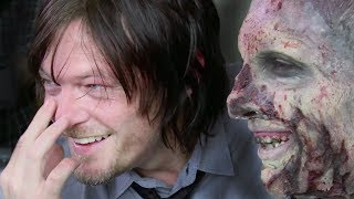 The Walking Dead | pranking Daryl / Norman Reedus (2014) thumbnail
