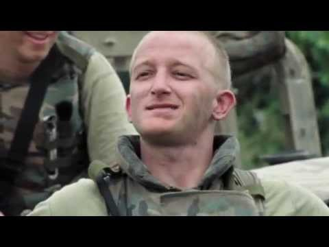 Generation Kill S01E06 - Marines meet a chick