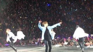 """Video 170323 방탄소년단 (BTS) """"Outro: Wings"""" - THE WINGS TOUR in Newark download MP3, 3GP, MP4, WEBM, AVI, FLV Agustus 2018"""