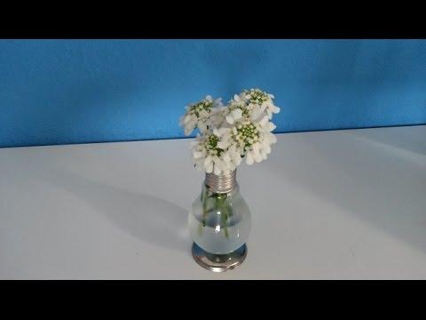 upcycling aus einer alten gl hbirne wird eine sch ne vase. Black Bedroom Furniture Sets. Home Design Ideas