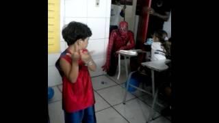 Festa de Arthur na escola ( Homem Aranha)