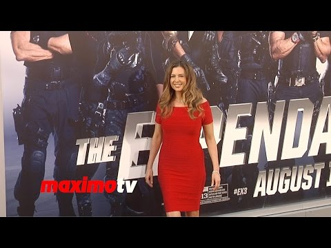 Ashley Cusato   The Expendables 3   Los Angeles Premiere ARRIVALS streaming vf