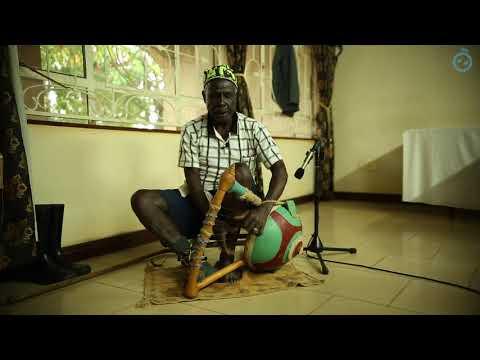 Thadayo playing Nyatiti | Singing Wells