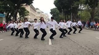 TALK TO ME - CHI PU - DANCE COVER BY OOPS! CREW - Nhảy Có Nên Dừng Lại (Talk To Me) Trên Phố Đi Bộ