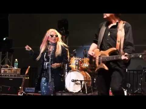 missing persons (live) - words - YouTube