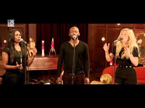 Ellie Goulding - Live@Home - Part 1 - Burn
