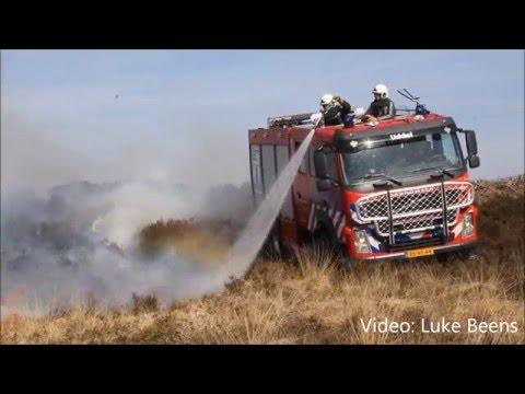 Grote heidebrand verwoest 14 hectare natuur aan Pomphulweg   Hoog Soeren 06 05 2016