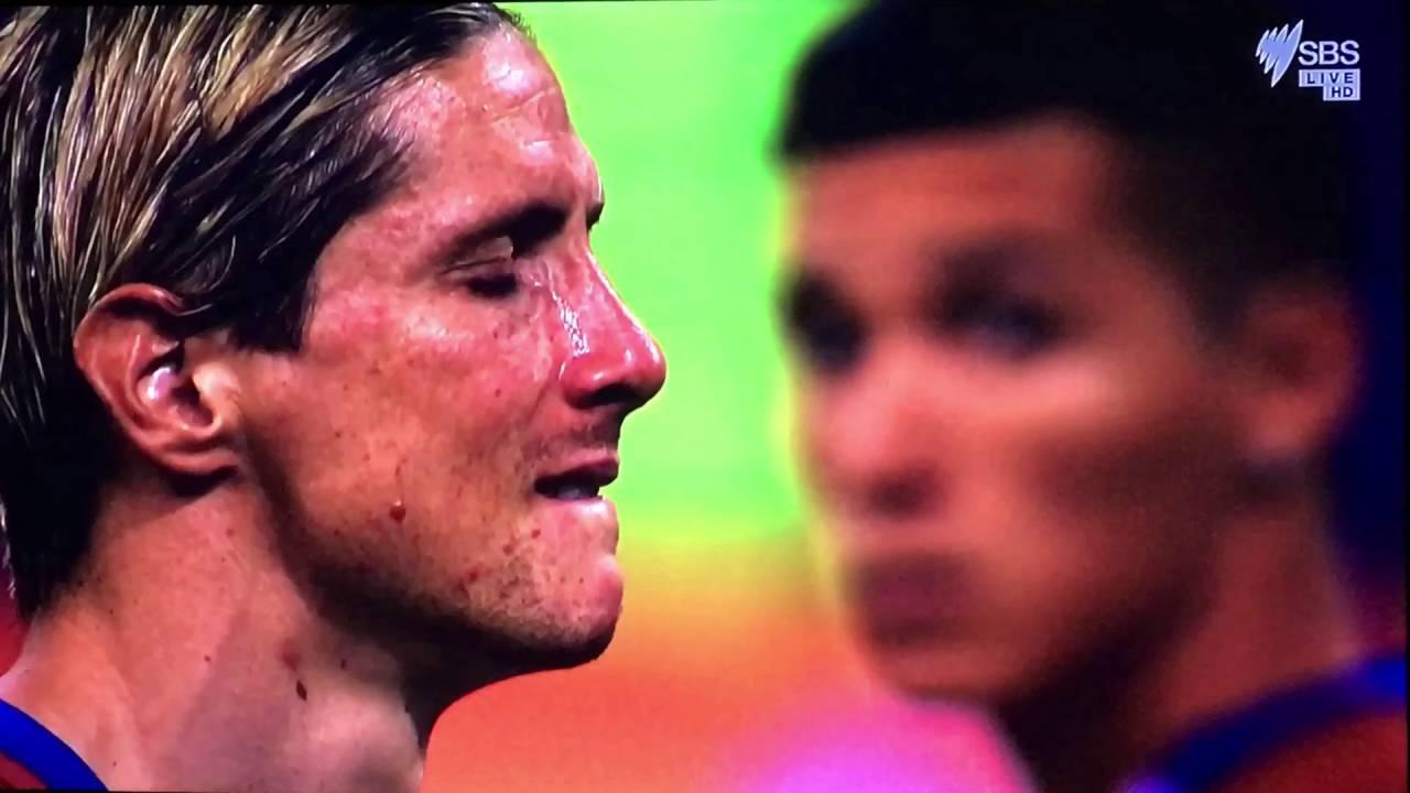 《悲喜交融的2016:足球場上的英雄淚》