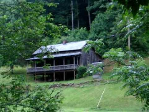 Loretta Lynn's Childhood Home in Butcher Holler 1