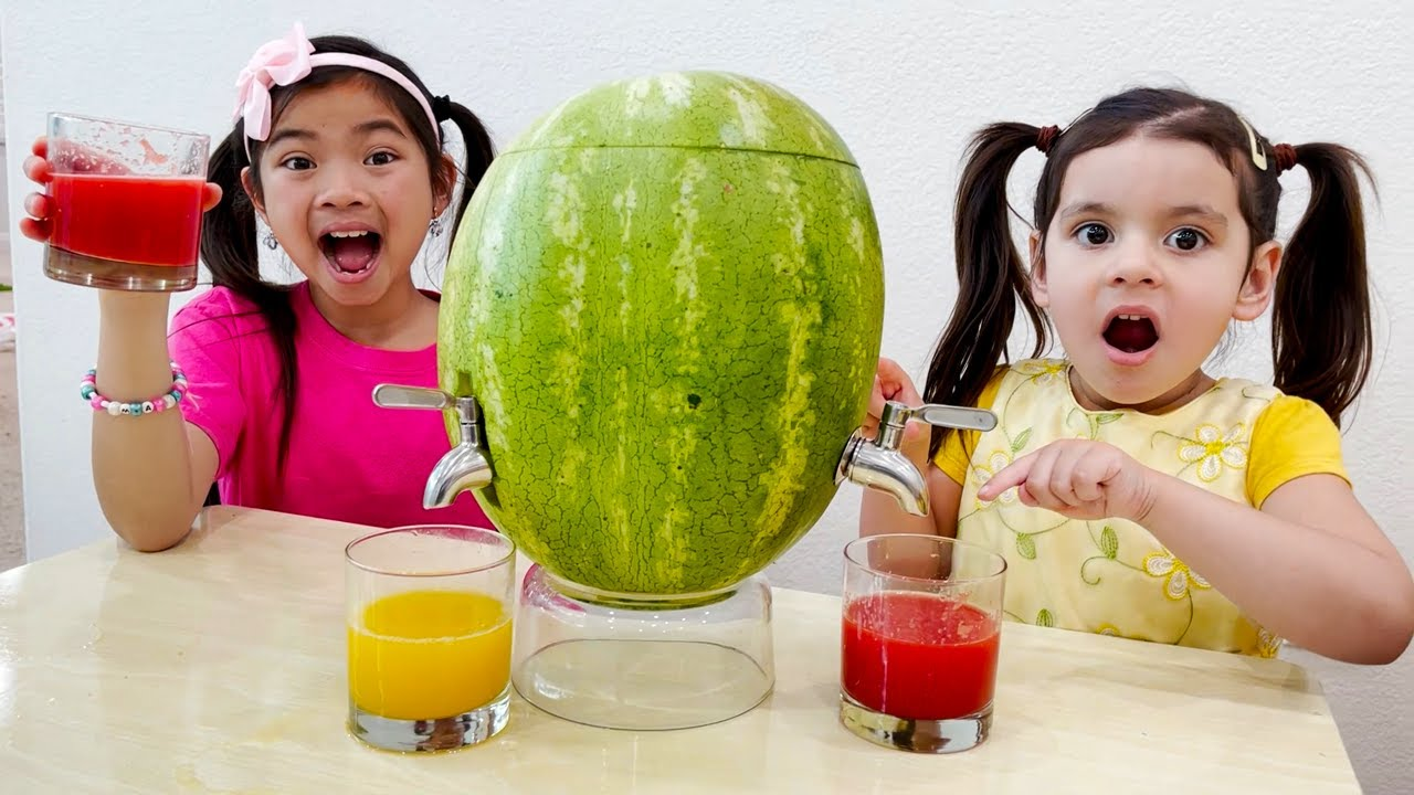 Emma and Ellie Pretend Play with Watermelon and Yummy Fruits and Vegetables  Funny Fruit Animals