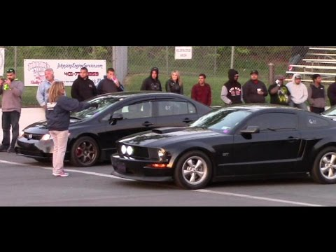 Civic Si Fa5 (Supercharged) Vs. Mustang GT (Bolt-ons)