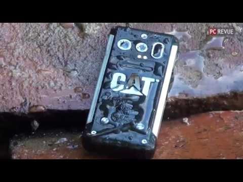 Crash test telefónu CAT B100