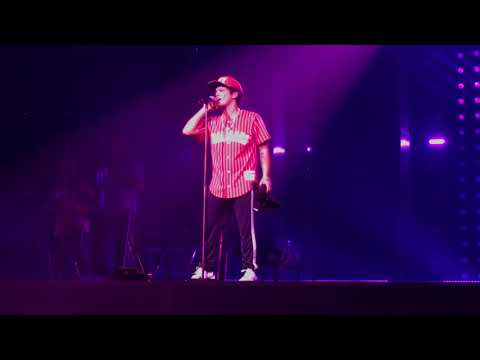 BRUNO MARS CALLING ALL MY LOVELIES LIVE 2017